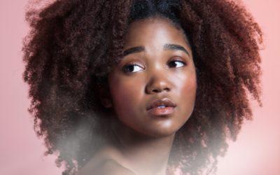 Cheveux crépus ou bouclés «Confus entre Hydratation et Nutrition «